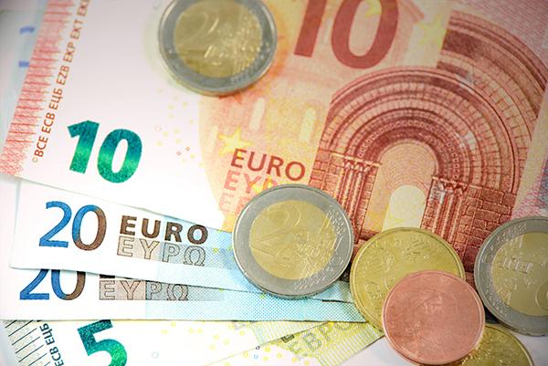 Las monedas y los billetes pueden estar propagando el Covid-19