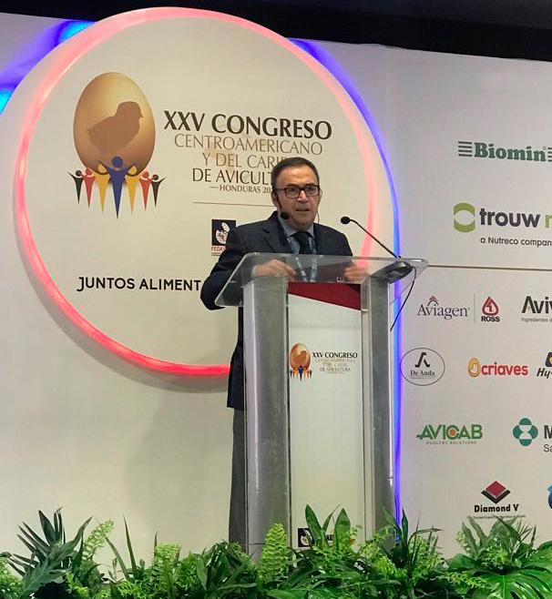 BETELGEUX-CHRISTEYNS participa en el Congreso de Avicultura de Honduras